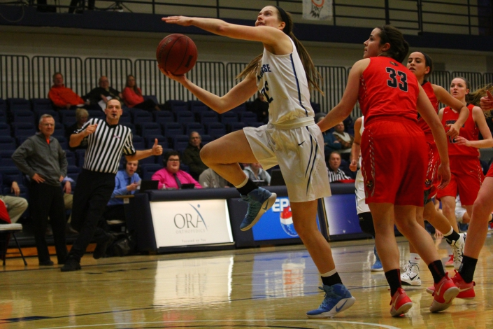 McCarty notches another double-double in season finale photo