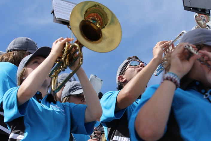 Watch the WQAD News 8 story on the SAU Athletic Band\'s debut photo